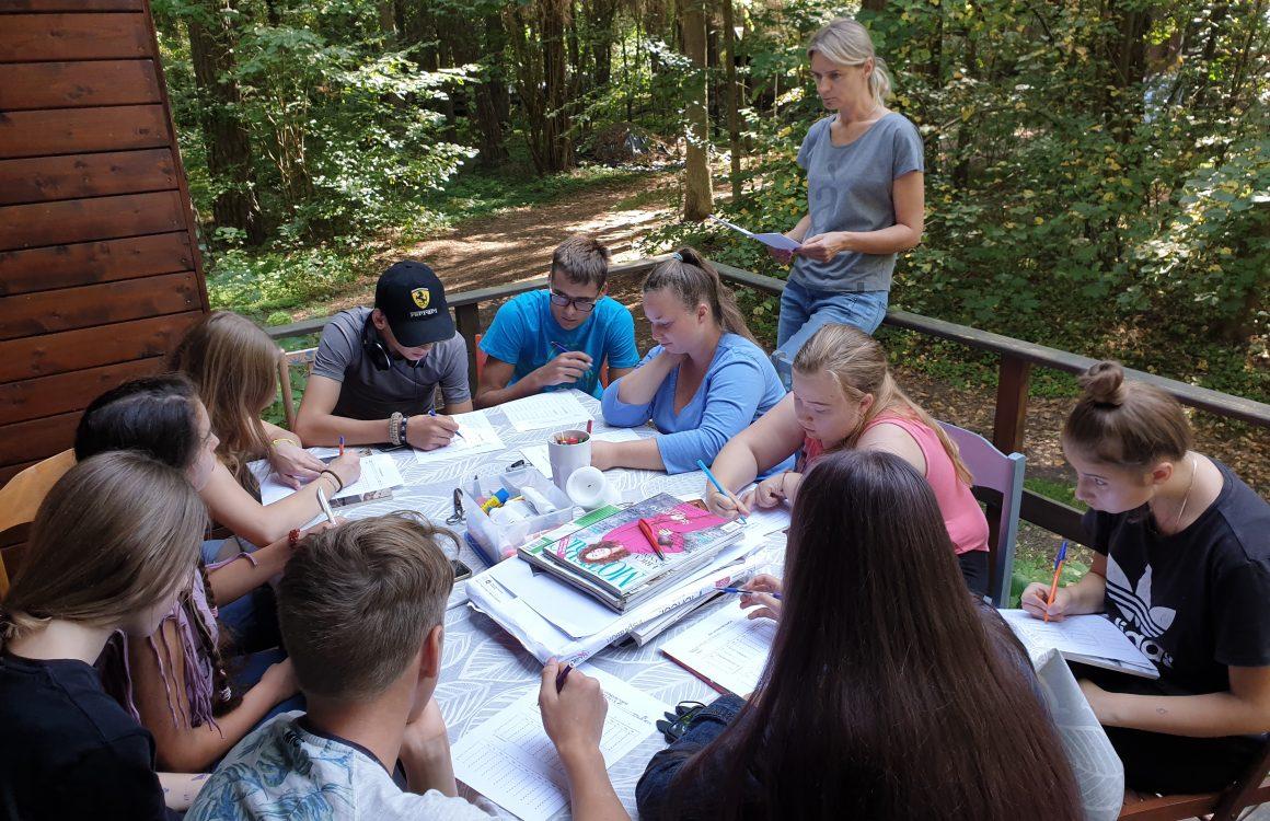 Trečioji Pasirengimo savarankiškam gyvenimui savaitgalio stovykla globojamiems paaugliams