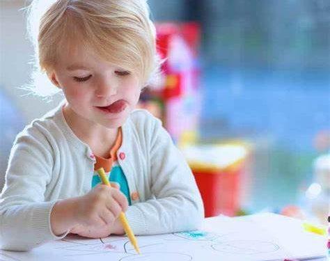 Pozityvios tėvystės įgūdžių mokymosi grupė pradinukų tėvams